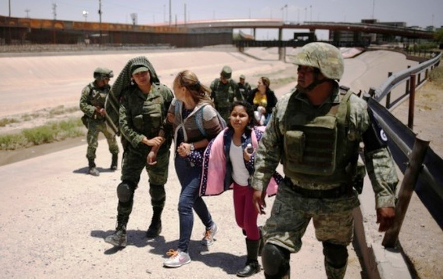 Mexico Deploys Nearly 15,000 Soldiers on Northern Border With USA