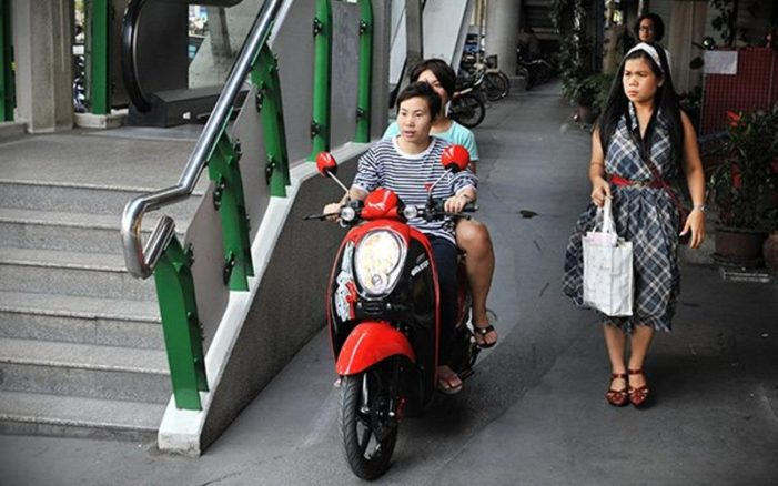Bangkok City Doubles Fine for Riding Motorcycles on Sidewalks