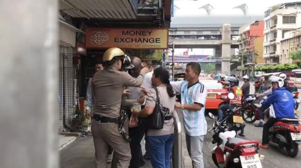 Nigerian Man Arrested for Punching a Bangkok Police Officer