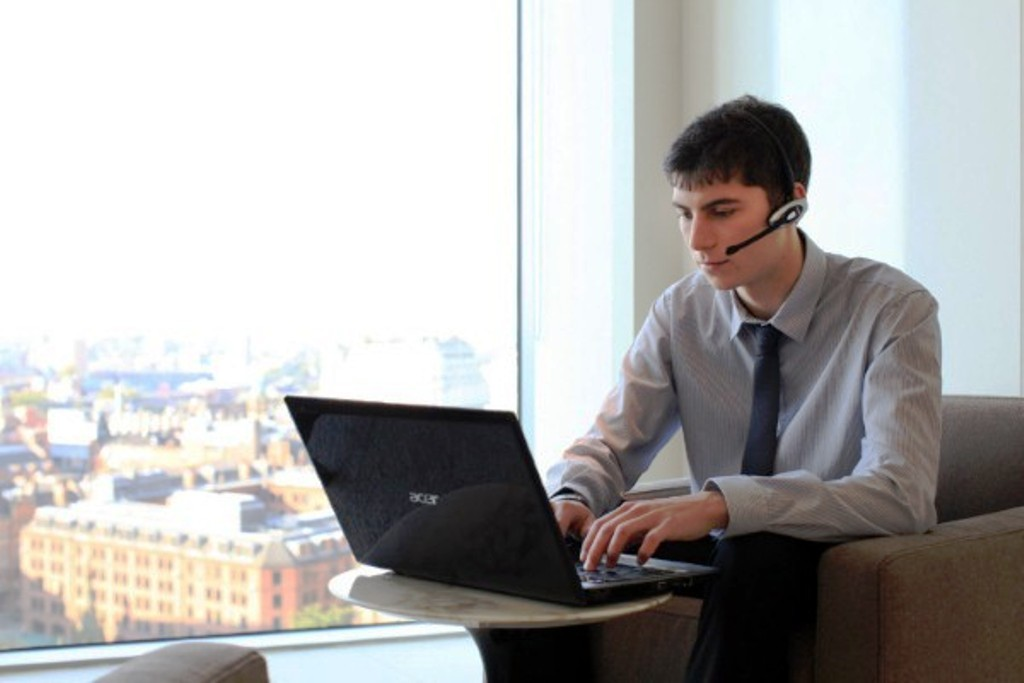 Top Business Devices to Keep an Employees from Leaving