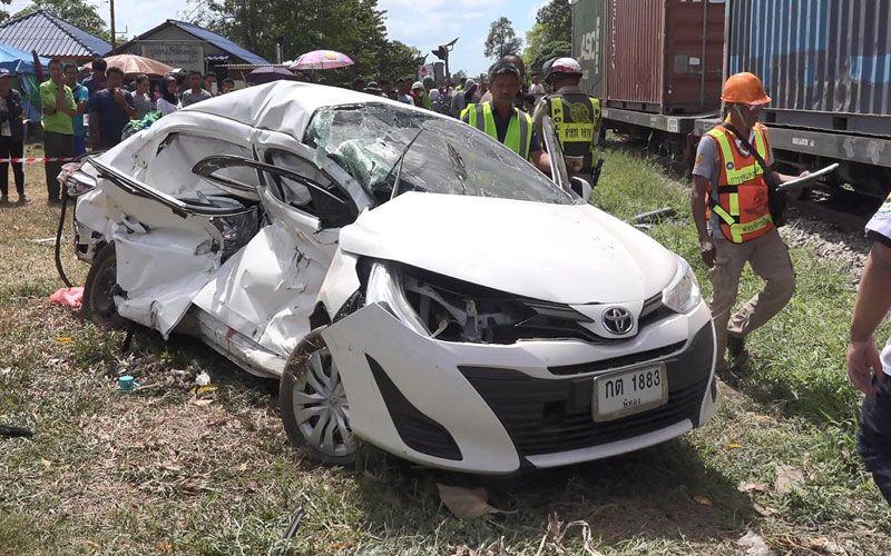 Thailand car-train crash