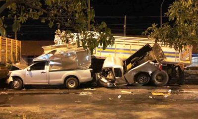 Fatal 8-vehicle pile-up at red light