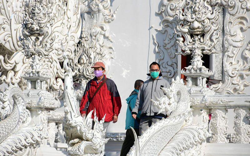 coronavirus tourists