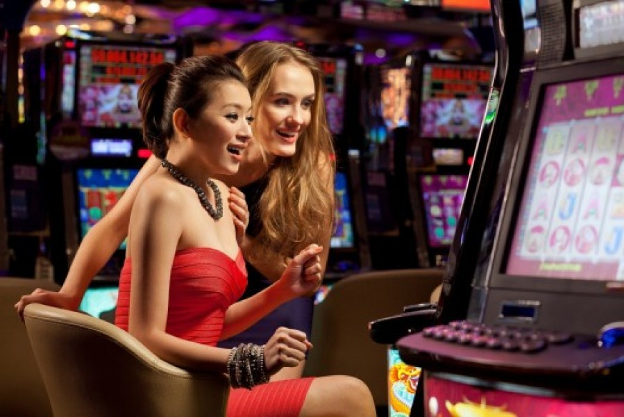 Thai Lawmaker Proposes Legislation to Legalize Casino and Online Gambling  in Thailand
