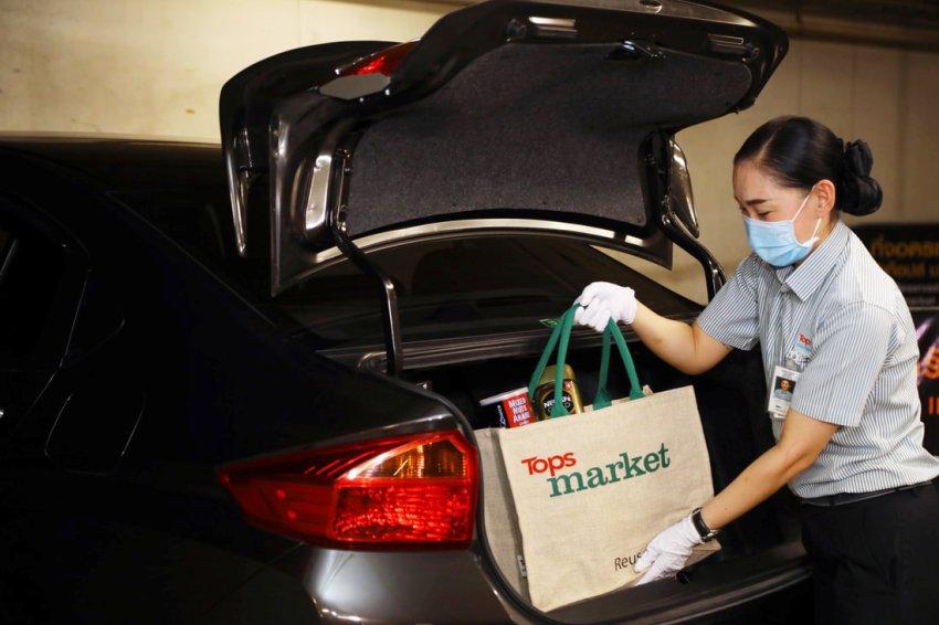 Retail Shopping Thailand Covid-19