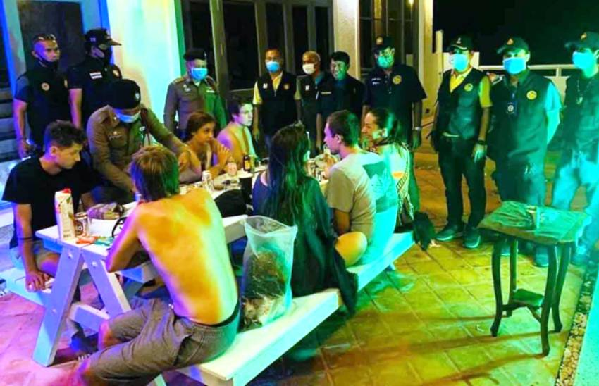 Russian tourists are caught partying