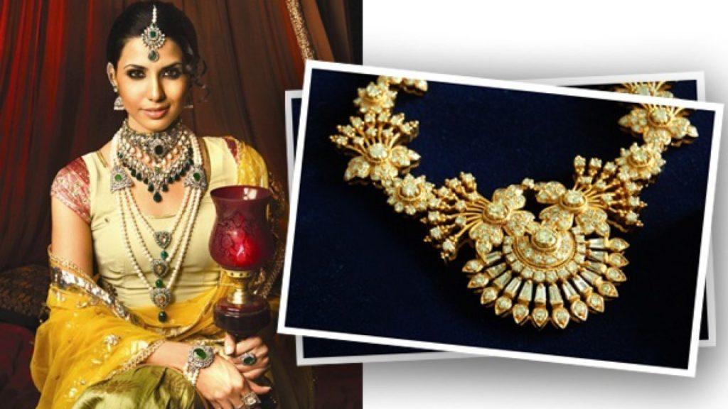 Buy classic Artificial Jewellery Online