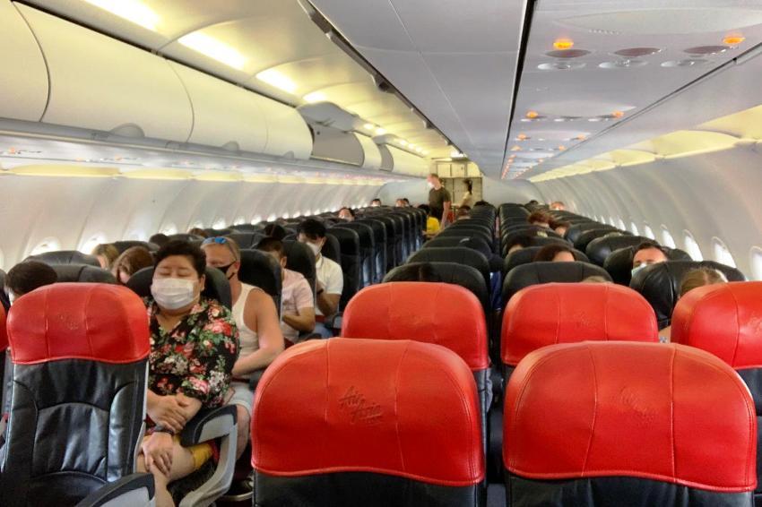 Social Distancing, air travel, thailand