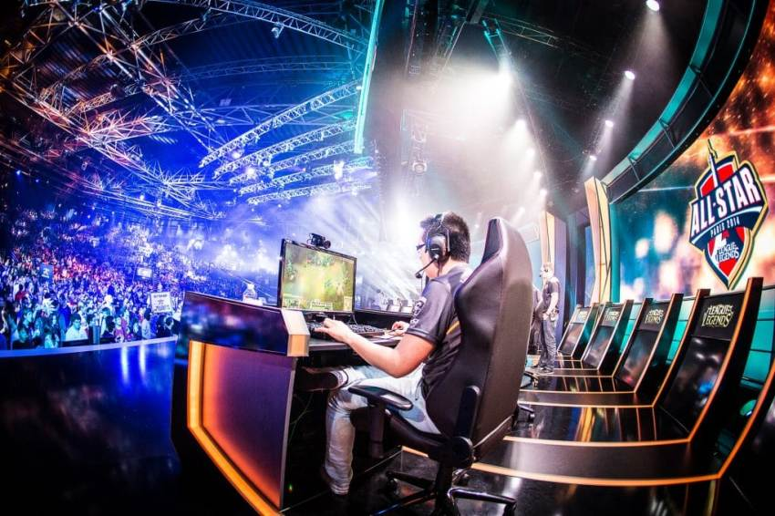 Gaming, Betting companies, eSports