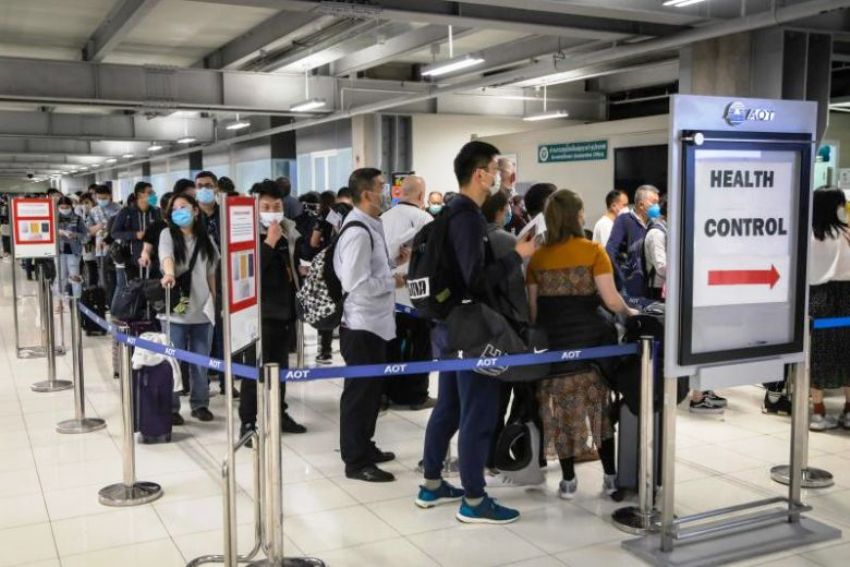foreigners, thailand, quarantine, entering thailand