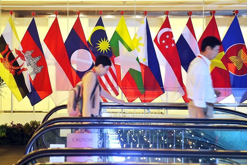 ASEAN,U.S., BUSINESS