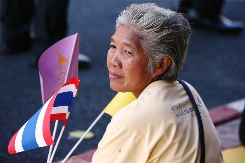 elderly tourists thailand tourism