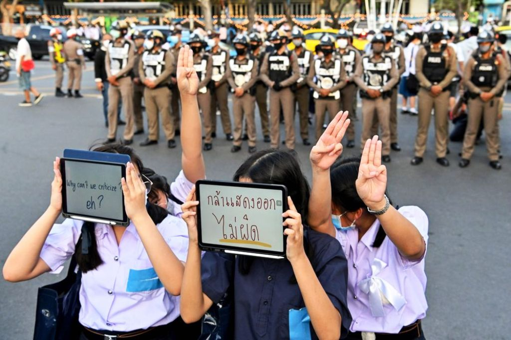 Prime Minister, Thailand, Facebook, Protesters, Crackdown