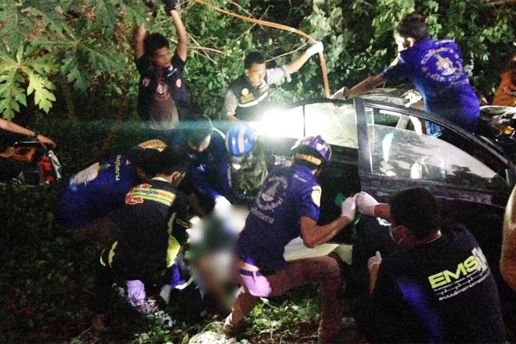 Killed, Southern Thailand, Police, Vehicle Collision