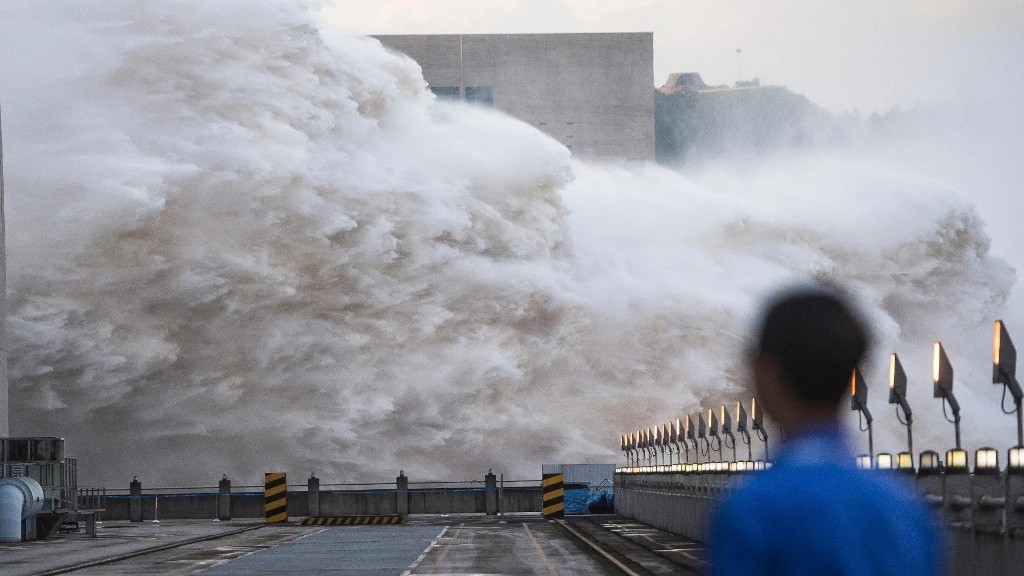 three gorges dam, china, monsoon rains