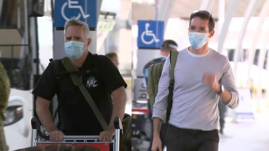 Australian Journalists Flee China