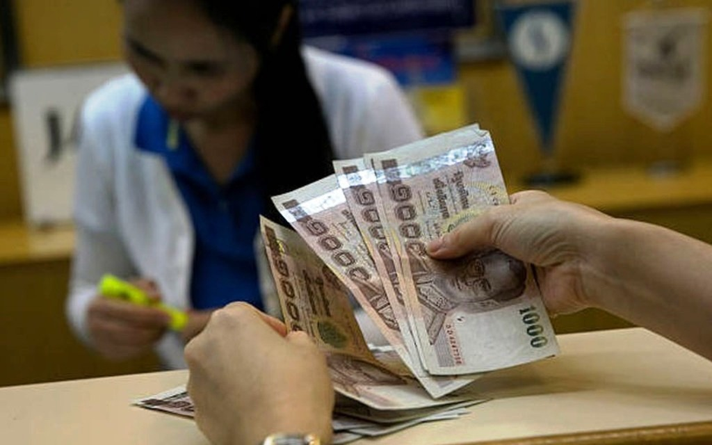 Anti-government, protests, Thailand, cash handout