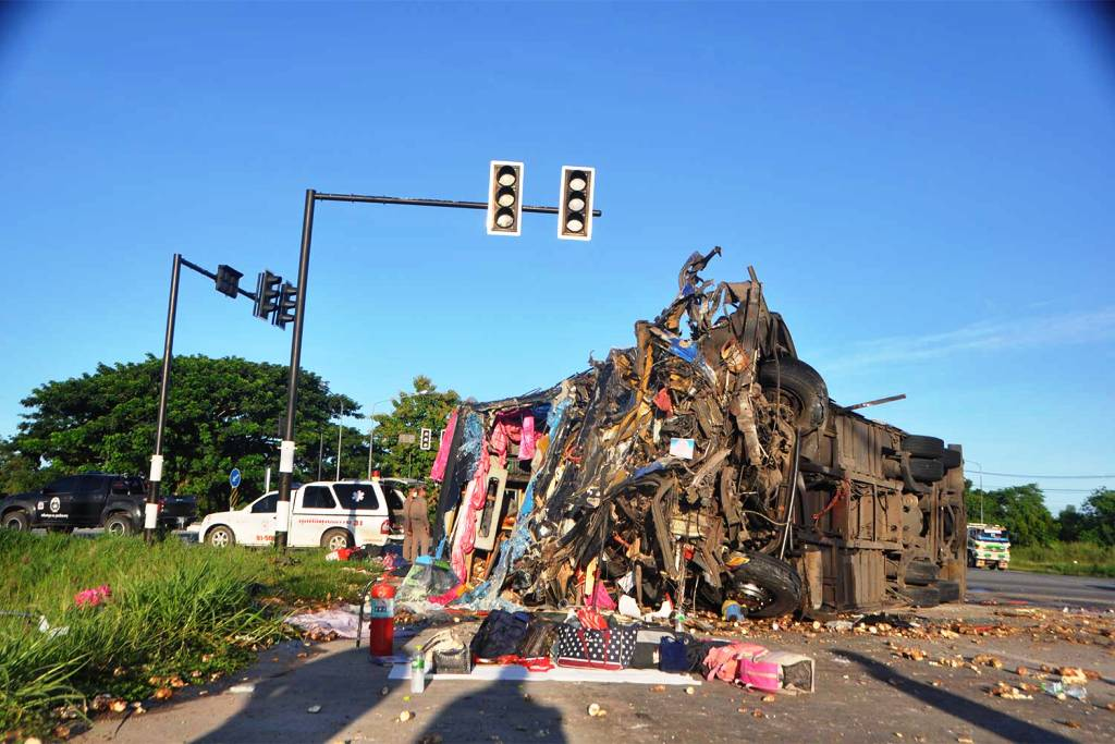 Tour Bus Crash pattaya Thailand
