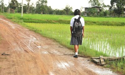 170,000 Students in Thailand on the Verge of Dropping Out