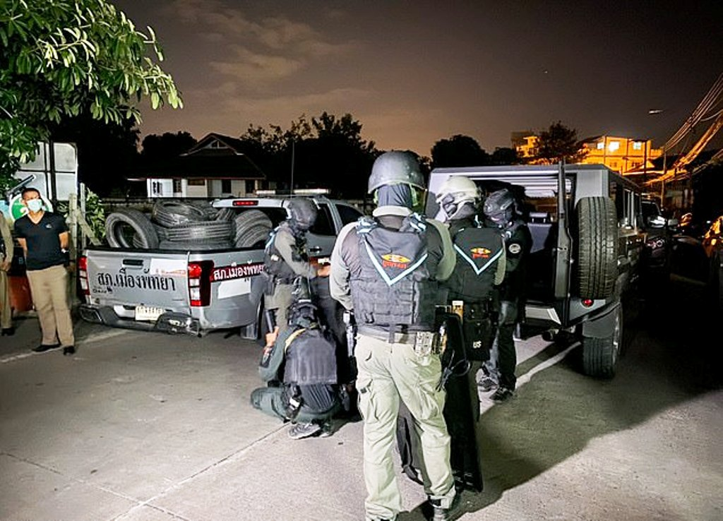 25 Year-old American Kills Himself after standoff with Police in Pattaya