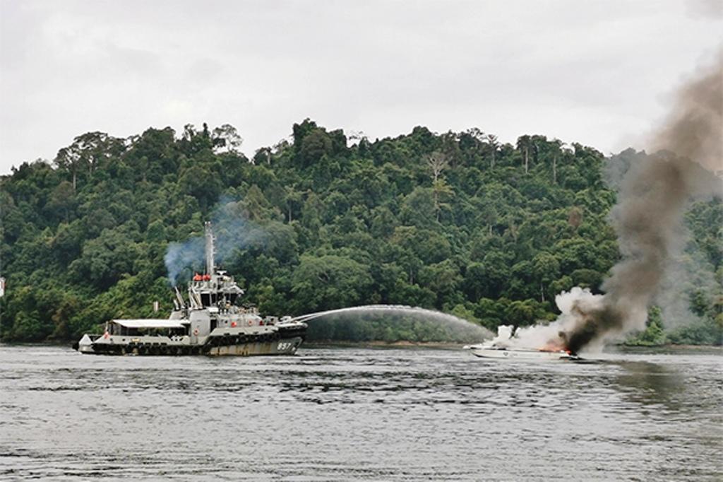 Phang-Nga,Speed Boat,tourists, Thailand