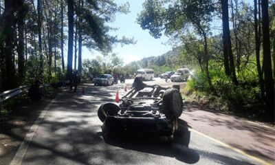 5 Killed after Pickup Crashes While Descending Doi Inthanon Mountain