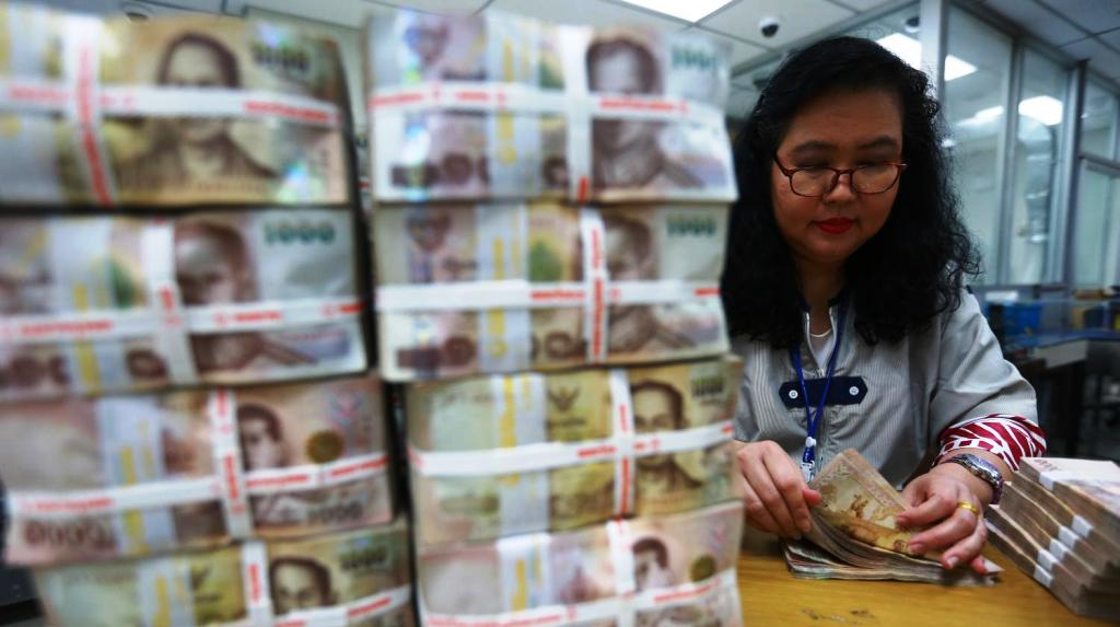 Bank of Thailand Intervenes to Curb Thai Baht's Swift Appreciation