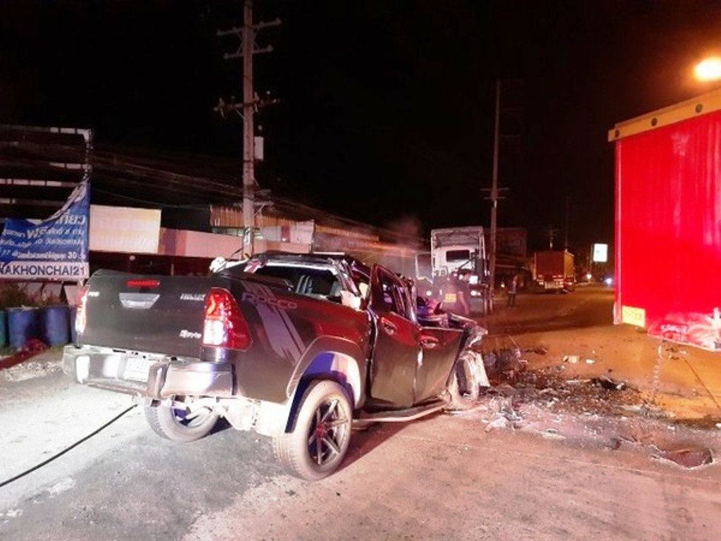 Pickup Driver Killed after Crashing into the Back of Freight Truck