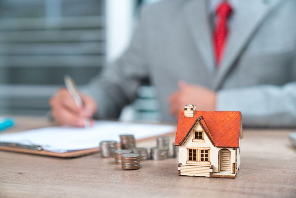 Understanding the Benefits of Hiring Property Planning Consultants
