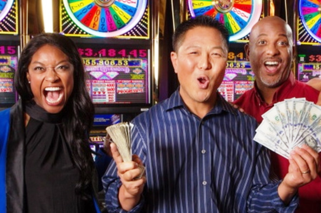 Enhance Your Experience Playing at a Real Money Casino