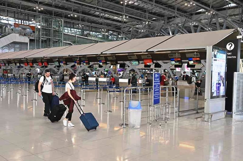Airlines Face a Bleak New Years as Covid-19 Infections Rise in Thailand