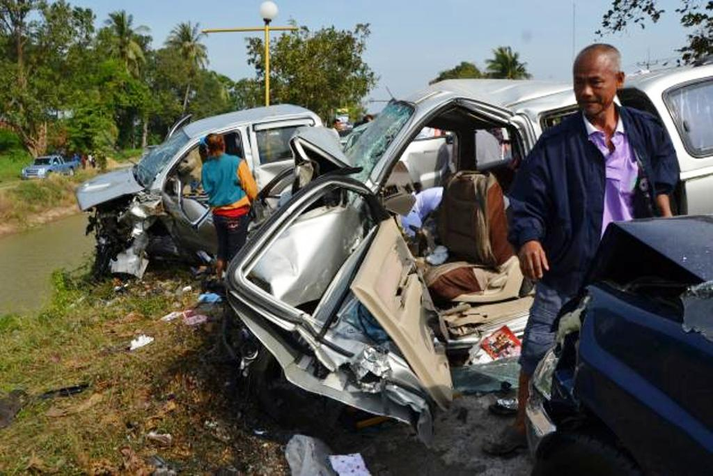 First Day of Thai New Years Holiday Claims 43 Lives in 414 Road Accidents