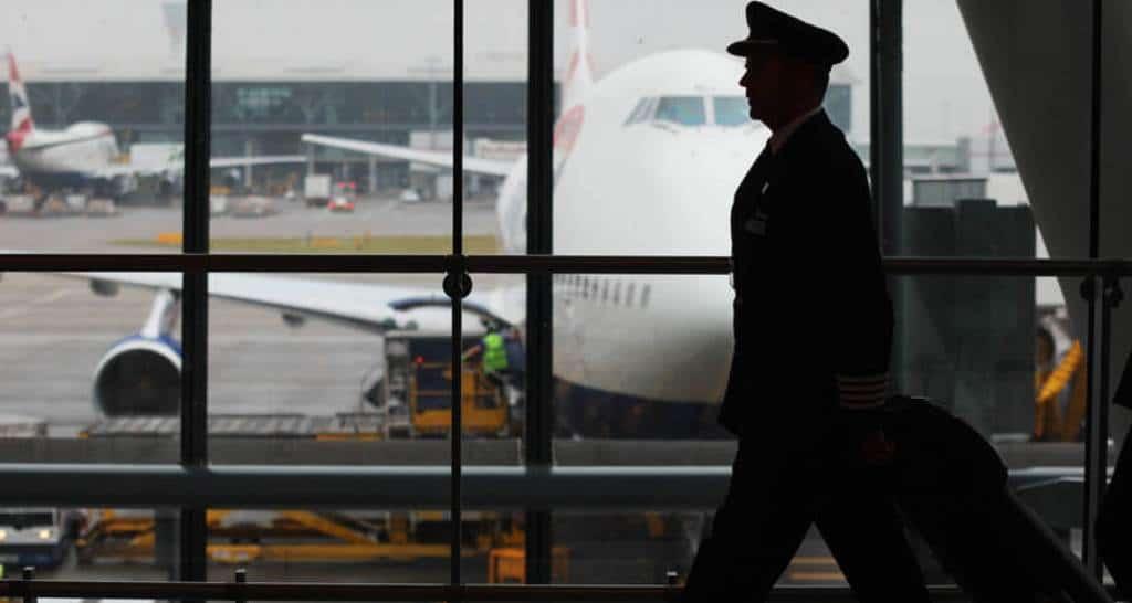 Suvarnabhumi Airport, pilot, arrested