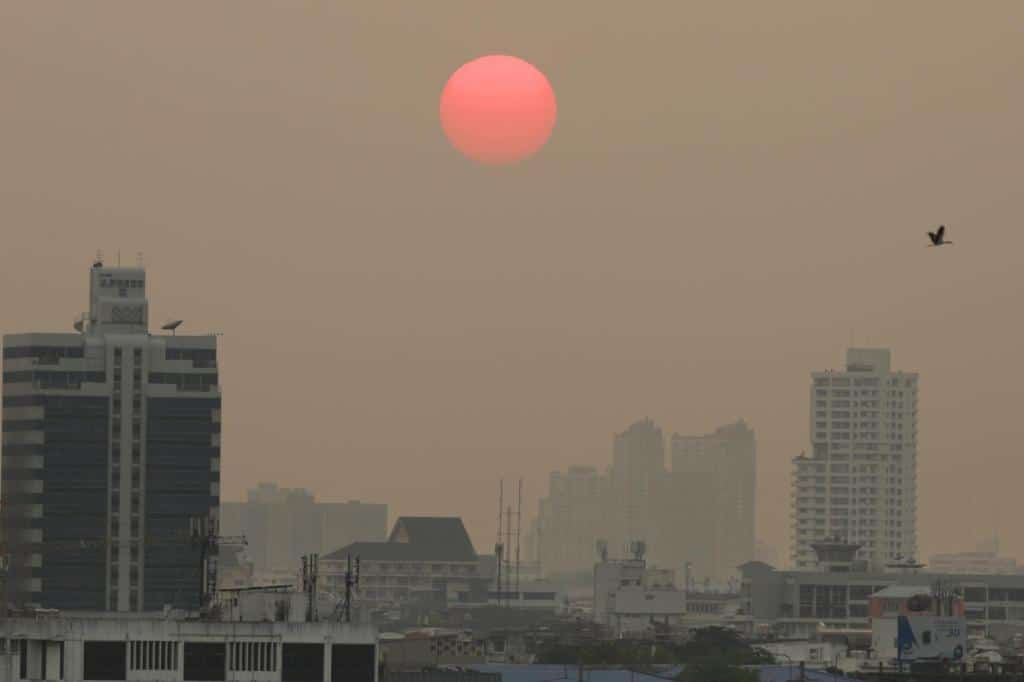 Bangkok Residents Warned to Brace for Hazardous PM2.5 Dust Levels