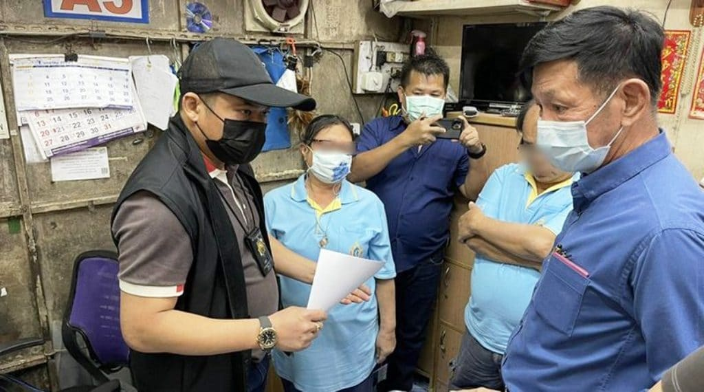 Couple in Copy Shop Arrested for Selling Fake Medical Certificates
