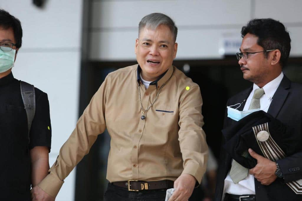 """Freelance Writer """"Rung Sila"""" Jailed for Lese Majeste then Freed"""
