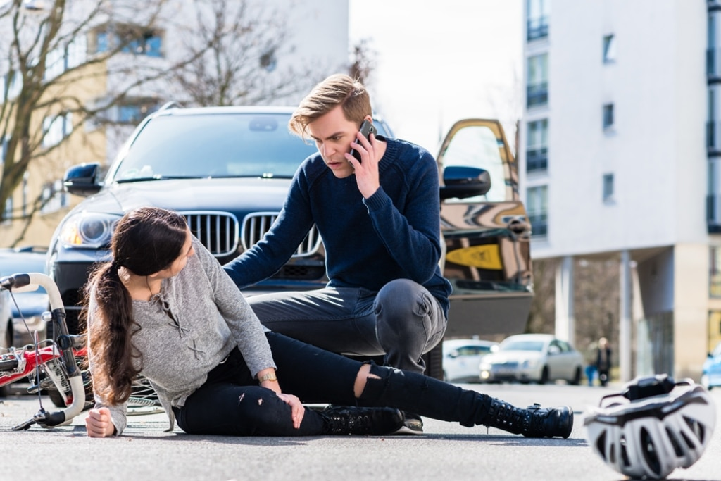 How a Personal Injury Attorney Can Increase Your Settlement