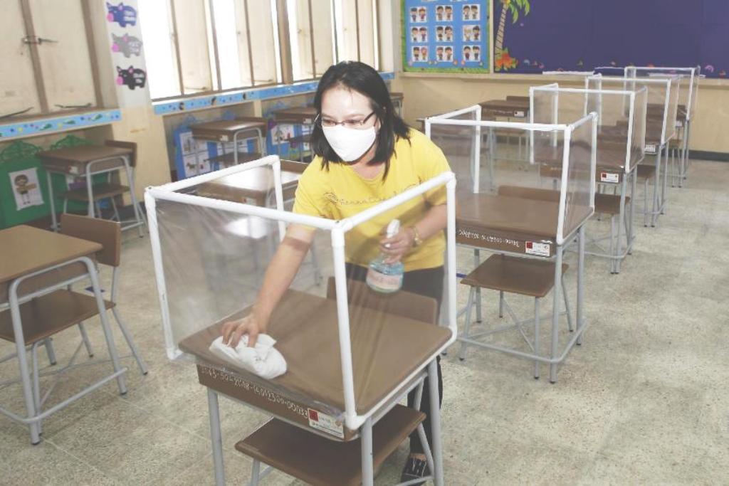 schools, bangkok, covid-19, businesses closed