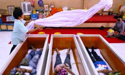 Thais Seek to Restore Their Fortunes with Mock-up Funerals