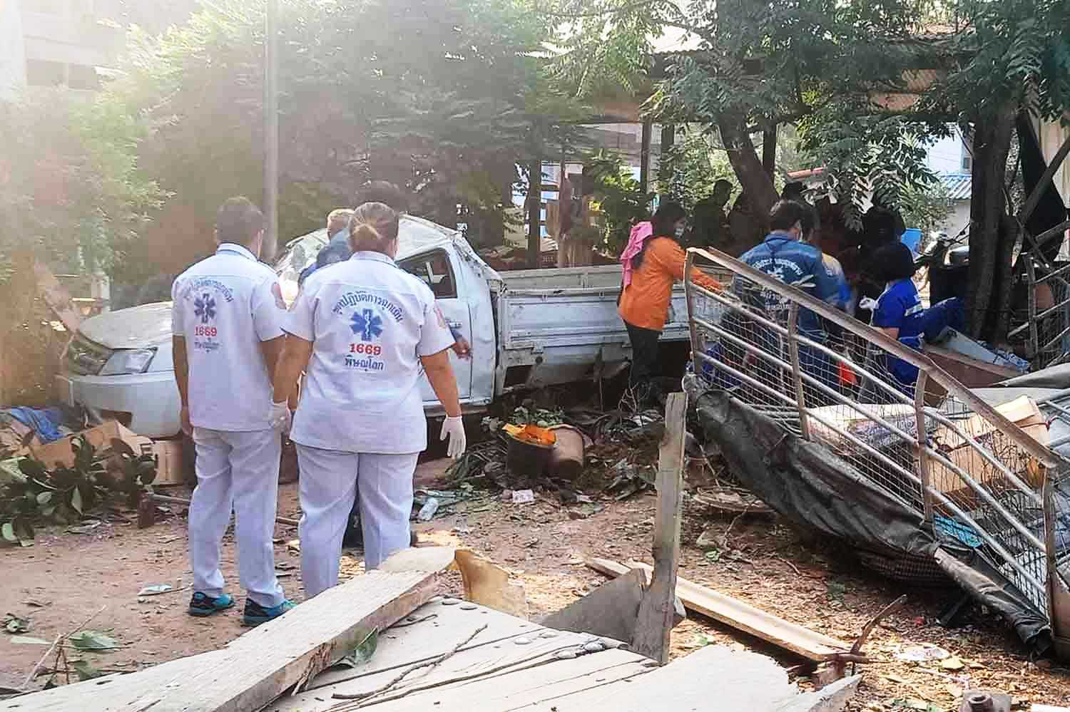 northern Thailand, police, crash, truck