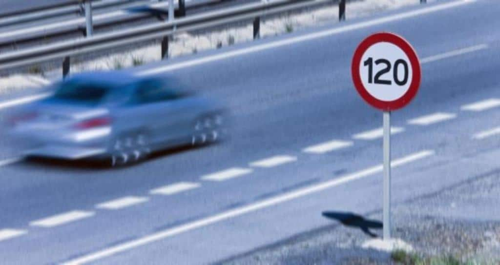 Transport Ministry Presses Ahead With Raising Maximum Speed Limit