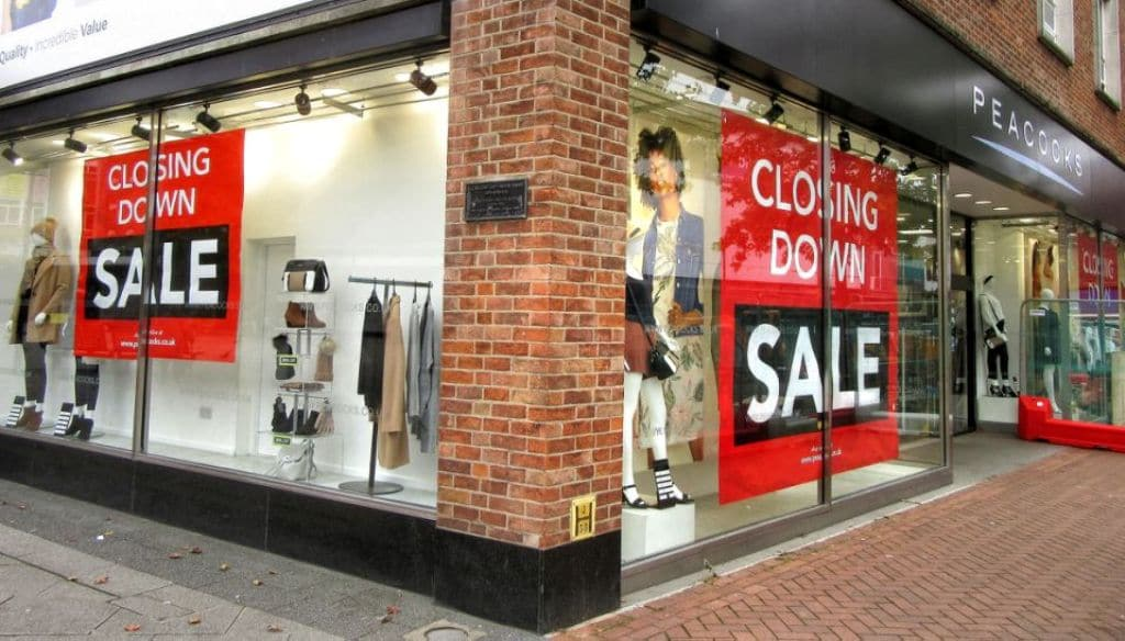 British Economy Suffers its Biggest Decline in More than 300 Years