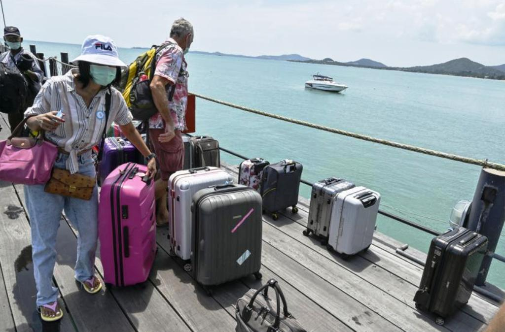 Tourism Operators Push Thai Government for a Faster Vaccination Program