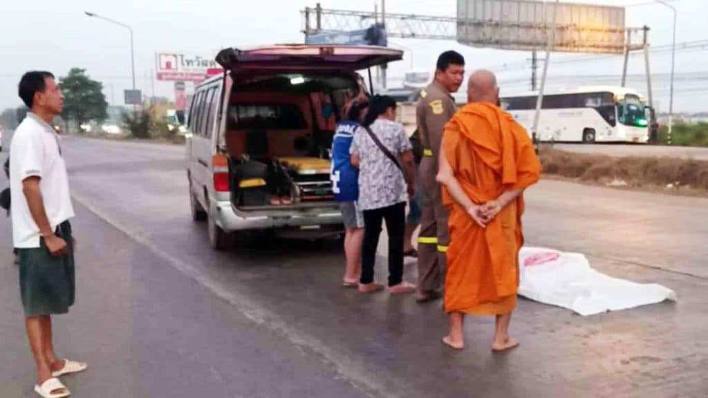 Buddhist Monk Struck and Killed at Road Crossing in Central Thailand
