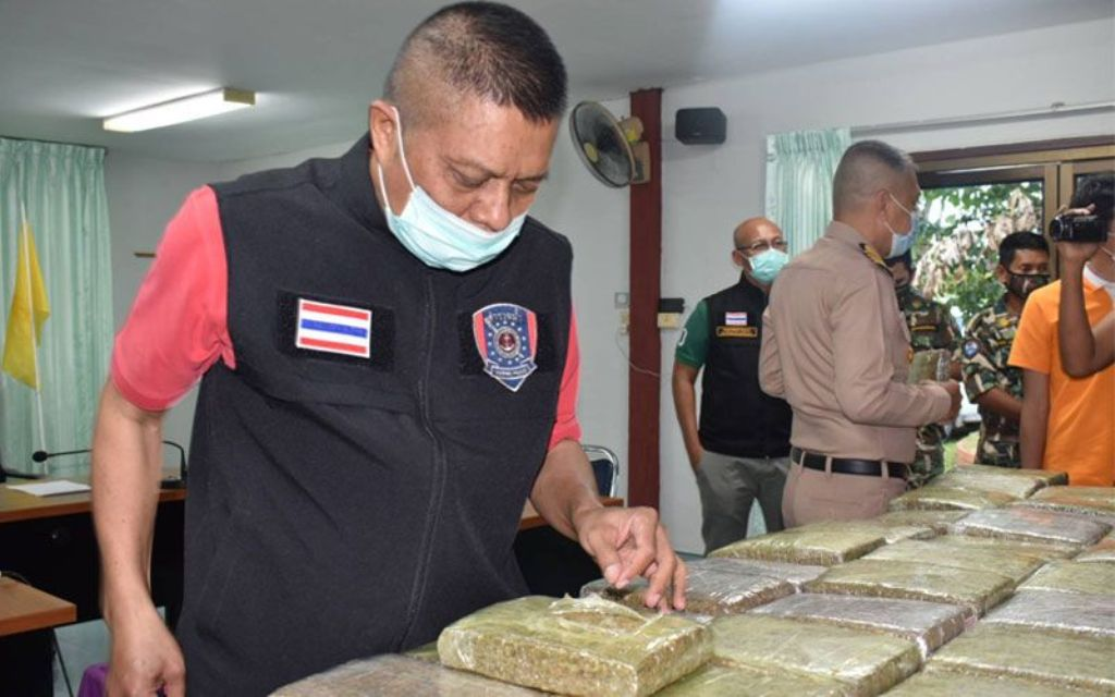 320Kg of Marijuana Found Floating in Tarutao National Marine Park