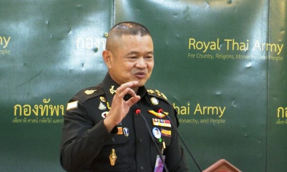 Army Doctor Gives Thai Soldiers Fake Flu Shots then Sells Vaccine