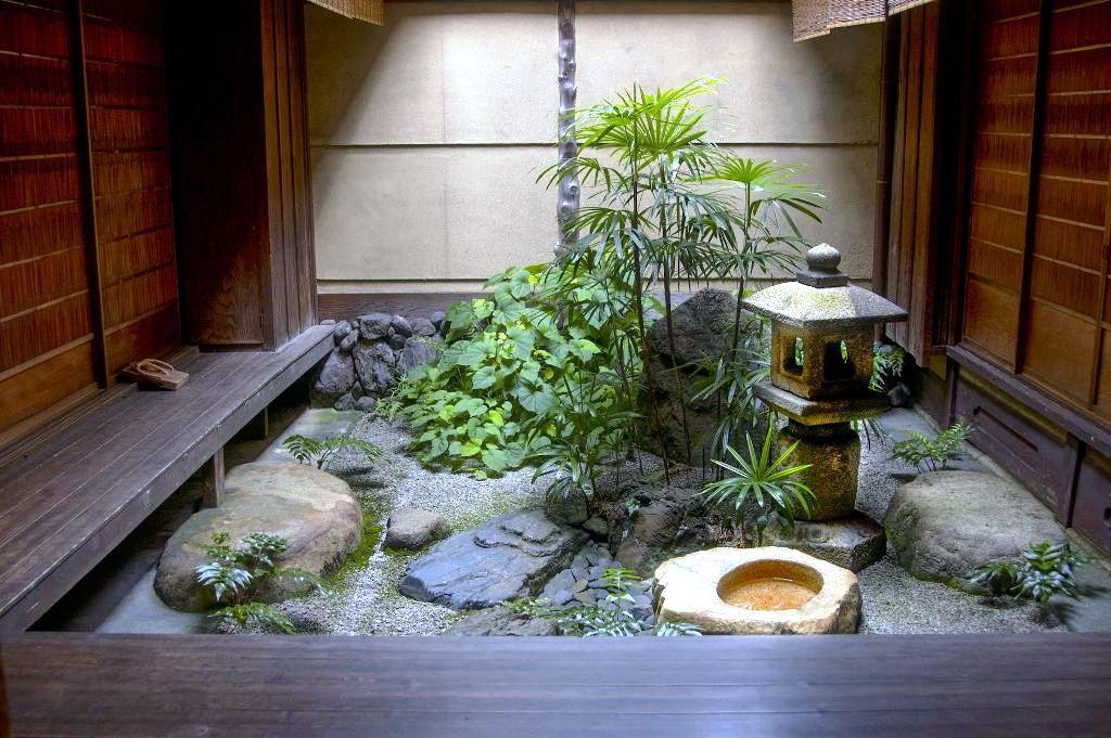 How Do You Design and Make Your Own Indoor Zen Garden?