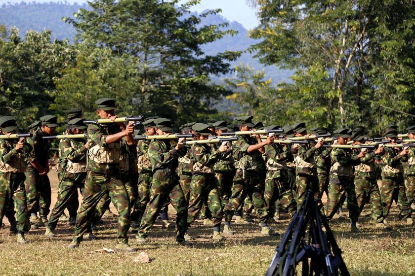 Thousands of armed militias