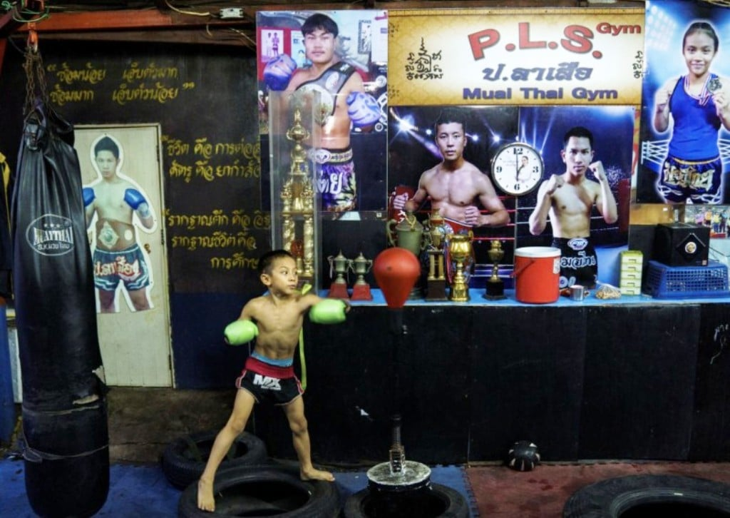 "Despite Risks, 9 Year-old Muay Thai Boxer ""Tata"" Eager to Start Fighting"