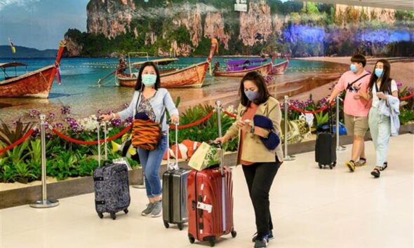 Covid-19, Vaccinated Travellers from 28 Countries Anticipate Phuket's Reopening